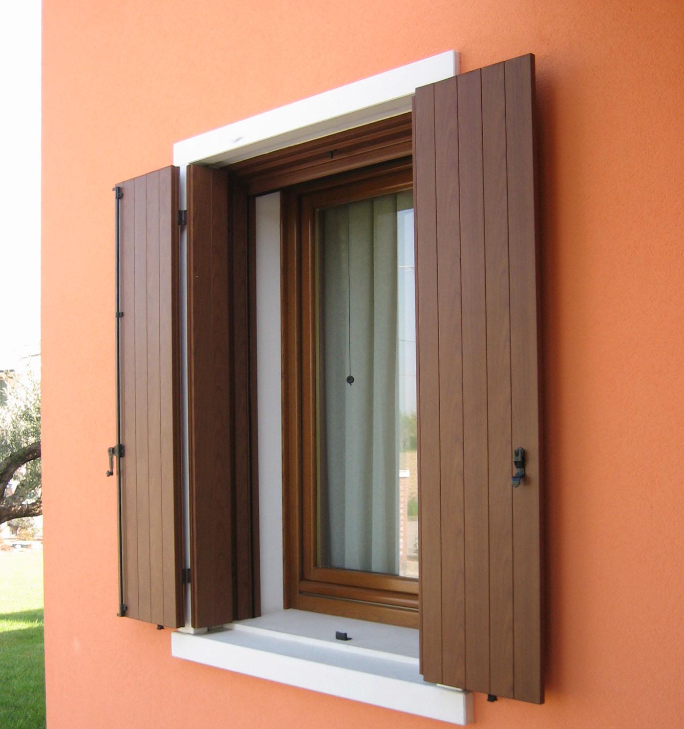 img-antoni-legno